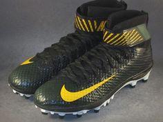 8265da02cbc4 Mens Nike LunarBeast Elite TD PE Football Cleats Size 12 or 13 Green Bay  PACKERS | eBay
