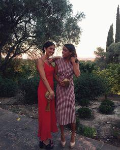 """589 Me gusta, 15 comentarios - Mar Reyes  (@maroapa) en Instagram: """"Las chicas de rojo ♥️ #ÁlvaroyBelén #reinapitusa #milauri"""""""