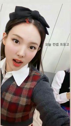 South Korean Girls, Korean Girl Groups, Twice Fanart, Twice Once, Nayeon Twice, Minatozaki Sana, Im Nayeon, Hirai Momo, S Pic