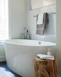 Design By Kristine Irving Styled Stacystyle Shot Laura Moss Wood Stump Side Table In All White Bathroom