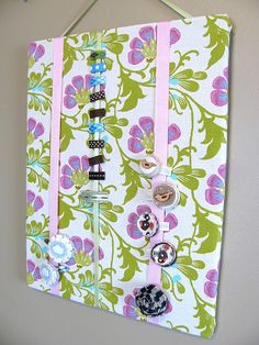 Simple no-sew hair clip board. Might have to put one of these in the girls bathroom