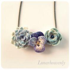 お花のネックレス レース編み