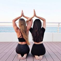 @jessicaolie and @yogaluls getting their namaste on in our High Waist Airbrush Legging. #aloyoga #beagoddess
