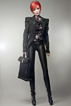 I would definitely wear that outfit. I love the purse too....for myself.