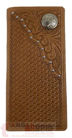 Bi-fold style woven pattern with silver studs and floral concho. Made of GENUINE Hand Tooled Leather. Made of genuine hand tooled leather. Leather Carving, Leather Tooling, Leather Men, Tooled Leather, Leather Money Clip Wallet, Leather Bifold Wallet, Custom Wallets, Leather Projects, Leather Crafts