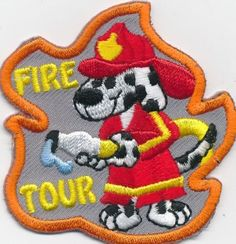 Girl-Boy-Cub-FIRE-DEPARTMENT-TOUR-Doggie-Fun-Patches-Crests-Badges-SCOUTS-GUIDE