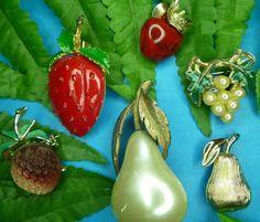 Vintage RARE 6 FRUIT PINS Pear Strawberry Trifari JJ LUCITE Brooch Figural LOT  #Trifari