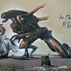 HR Giger Tribute Graffiti Mural Agressive Alien Odeith Damaia Portugal
