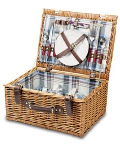 I want to bring back the picnic basket!