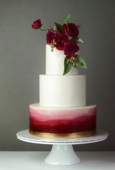 White Wedding Cakes Marsala or burgundy wedding cake inspiration with a touch of gold metallic Burgundy Wedding Cake, White Wedding Cakes, Wedding Cakes With Flowers, Elegant Wedding Cakes, Beautiful Wedding Cakes, Wedding Cake Designs, Trendy Wedding, Wedding Simple, Maroon Wedding