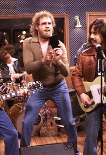 saturday night live, I got a fever! I need more cowbell! Wit will Farell! So funny! Saturday Night Live, Good Saturday, Seinfeld, Full House, Will Farell, Gossip Girl, Spongebob, Best Of Snl, Snl Skits