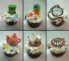 It's decided, I need to have a mad tea party where I will serve what only looks like tea, and cookies that look like playing cards, and these cupcakes. And no one will mention the depths to which Johnny Depp has sunk tied to the anchor formerly known as Tim Burton. It will be a party for the ages!