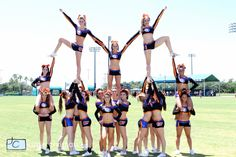 cheerleading stunting PYRAMID: Two or more stunts connecting together, usually creating a visual effect with different heights and patterns. Stunts during sideline are usually st Cool Cheer Stunts, Cheer Jumps, Cheerleading Workouts, Cheer Tryouts, Cheer Coaches, Competitive Cheerleading, Cheerleading Hair, Cheer Mom, Youth Cheer