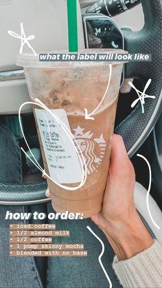 Starbucks Diy, Bebidas Do Starbucks, Healthy Starbucks Drinks, Starbucks Secret Menu Drinks, How To Order Starbucks, Starbucks Frappuccino, Starbucks Iced Coffee, Healthy Iced Coffee, Coffee Drink Recipes