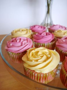 Sweet Treats & Healthy Eats: Cherry Chip 'Rose' Cupcakes, so pretty!