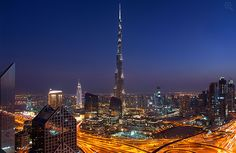 Burj Khalifa Dubai 2 (+ zoom)
