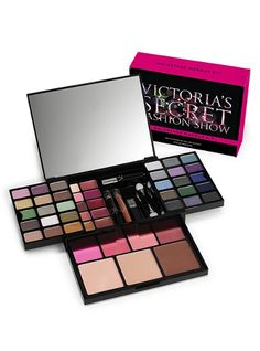 feel like a VS angel with this make up kit :)