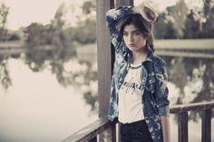 Modelo: Flor Almada by Multitalent Agency Ph: Marcelo Orueta Estilismo: Barbie Velez by Bärden Make up Hair: Ana Chebel