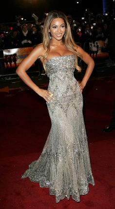 Beyonce red carpet dresses 2010