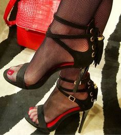 Sexy high heels and delicious feet Strappy High Heels, Platform High Heels, Black High Heels, High Heel Boots, High Heel Pumps, Heeled Boots, Stiletto Heels, Black Sandals, Stockings Heels
