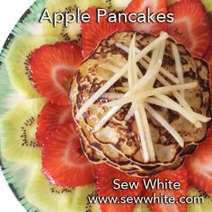 Apple Pancakes - easy pancake recipe perfect for brunch Fruit Pancakes, Pancakes Easy, Pancakes And Waffles, Apple Pancake Recipe, Mothers Day Breakfast, Fruit Salad Recipes, Waffle Recipes, Perfect Breakfast, Summer Recipes