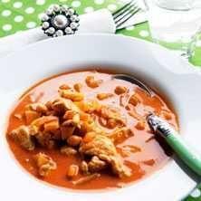 Kycklingsoppa med äpple och curry - Recept - Tasteline.com