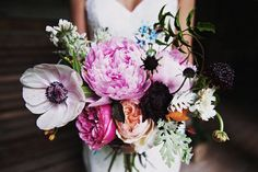 stunning oversized bouquet