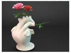 Anatomical Plant Holders - The Flower Pump Vase has a Scientific Sense of Romance (GALLERY) 3d Printed Heart, Anatomical Heart, 3d Prints, Plant Holders, Flower Vases, Decoration, Zine, Heart Shapes, House Styles