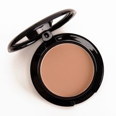MAC Harmony Blush - Gives beautiful warmth to the cheeks. Perfect with a classic red lip.