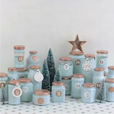 Upcycling advent calendar from empty glasses. Your individual advent calendar in your favorite color Advent Calenders, Diy Advent Calendar, Clay Christmas Decorations, Christmas Crafts, Calendrier Diy, Printable Calendar Template, Creative Crafts, Creative Ideas, Christmas Inspiration