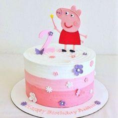 Rush Order Peppa Pig fondant cake set by CuteFondant on Etsy Cake Peppa Pig, Tortas Peppa Pig, Bolo Da Peppa Pig, Cumple Peppa Pig, Peppa Pig Birthday Cake, Birthday Cupcakes, 2nd Birthday, Birthday Celebration, Birthday Ideas