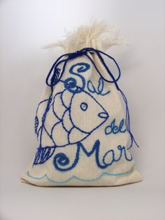The perfect gift for the Foodie.... Sal del Mar Gourmet Sea Salt and it's already wrapped