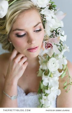 A Blossoming Tea Party Tea Party Bridal Shower, Wedding Makeup, Crown, Pretty, Blog, Wedding Make Up, Corona, Blogging, Bridal Makeup