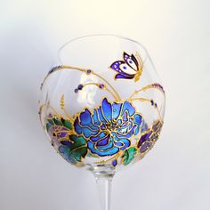 Personalised flower wine glasss hand painted Blue wedding glasses Christmas gift for wine lover Birthday gift for her Purple Wine Glasses, Hand Painted Wine Glasses, Gin Glasses, Christmas Gifts For Wine Lovers, Blue And Purple Flowers, Purple Butterfly, Glass Painting Designs, Wine Glass Crafts, Bottle Candles