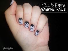 Really cute and really easy halloween nails!