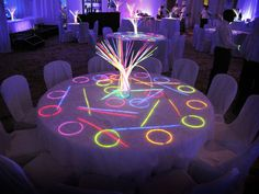 neon centerpieces   White Neon table Mais