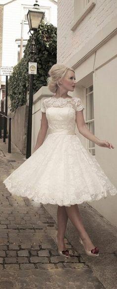 Vintage Inspired Custom Made Plus Size Scoop Tea Length Lace Short Wedding Dresses Garden Bridal Gown