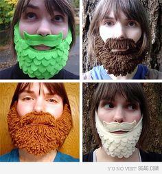 so funny I love the fake beards Crochet Beard Hat, Knitted Beard, Fake Beards, I Love Beards, Beards Funny, Hot Beards, Diy Sans Couture, Beard Beanie, Children Costumes