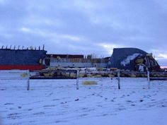 Heavy snow is believed to be the cause for the Lethbridge Riding Centre's roof collapsing Sunday afternoon.  Why roofs collapse due to heavy snow loads.  http://trasnowandsun.com/blog/the-roof-is-falling-collapsing-roofs-in-buffalo-ny/