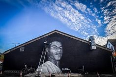 A powerful mural honouring Marcus Rashford MBE has appeared in a Manchester suburb where he lived as a boy - Manchester Evening News South Manchester, Pride Of Britain, Marcus Rashford, Work Images, Cafe House, Girls Magazine, Salford, Great Paintings, Black And White Portraits