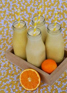 Make Life Lovely: Homemade Orange Julius Recipe Smoothie Drinks, Smoothie Recipes, Smoothies, Detox Drinks, Drink Recipes, Dinner Recipes, Dessert Recipes, Milk Shakes, Summer Drinks