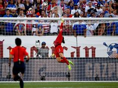 Jerramy Stevens: Hope Solo media coverage a 'witch hunt' Hope Solo  #HopeSolo