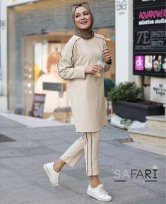 Tried this Pin? Modern Hijab Fashion, Pakistani Fashion Casual, Muslim Fashion, Modest Fashion, Fashion Outfits, Hijab Style Dress, Hijab Chic, Hijab Outfit, Stylish Dress Designs