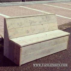 Diy Pallet Furniture, Furniture Projects, Outdoor Furniture, Outdoor Decor, Pallet Bank, Kitchen Rack, Woodworking Plans, Storage Chest, Home Decor