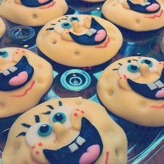 Spongebob party, cupcakes