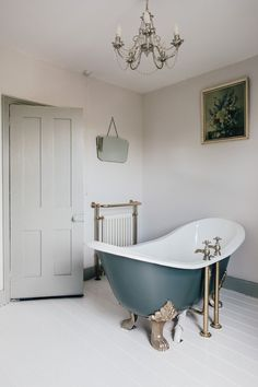 Slipper bath painted in Down Pipe