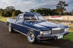 Holden WB with Statesman front. Australian Muscle Cars, Aussie Muscle Cars, American Muscle Cars, Holden Australia, Germany And Italy, America And Canada, Custom Vans, The Good Old Days, Hot Cars
