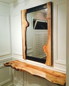 22 Modern Design Of Wooden Home Furniture - New ideas Rustic Mirrors, Wood Mirror, Diy Mirror, Mirror Ideas, Live Edge Furniture, Log Furniture, Custom Wood Furniture, Salon Stations, Diy Casa