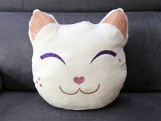 DIY : un coussin chat kawaii tout doux {projet DIY} - Purple Jumble  DIY tuto creation decoration customisation couture kawaii kawai coussin pillow chat cat - tissu thermocollant