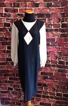 Chic Statement Dress 1970's Black and Ivory Silk Tunic Dress, Sz 10 by CobbWebbTreasures on Etsy